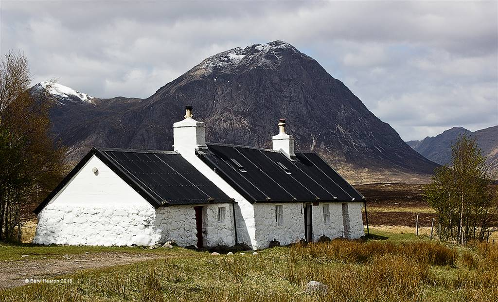 Beryl Heaton – Blackrock Cottage – Photo Travel