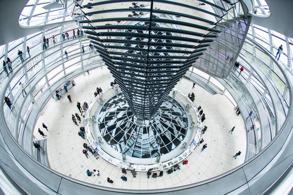4Eli Sorensen_Reichstag Dome_NFFF Honorable Mention__Projected Digital Images Photo Travel