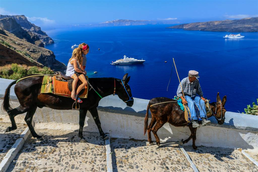 Giorgos Tsigkas – C3-Traditional Means of Transport in Santorini – Photo Travel