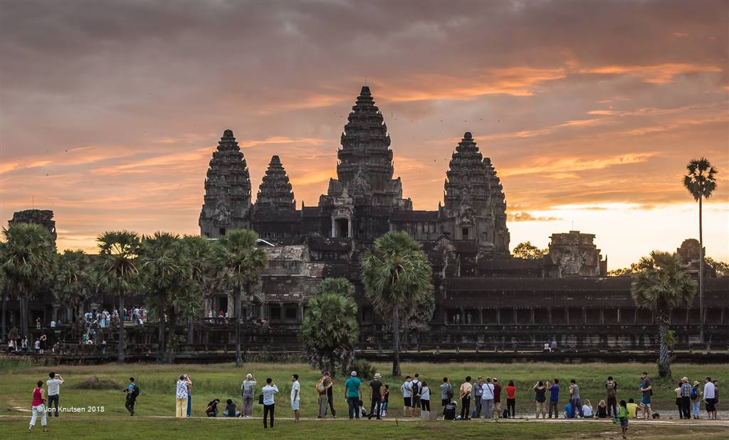 Jon Knutsen – Angkor Sunrise – Photo Travel