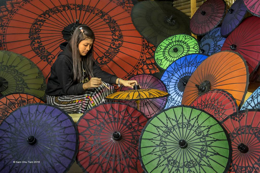 Kam Chiu Tam – Umbrella Painting – Photo Travel
