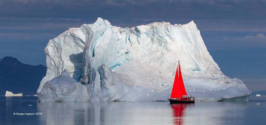 Sergey Agapov – Iceberg of Greenland – Photo Travel