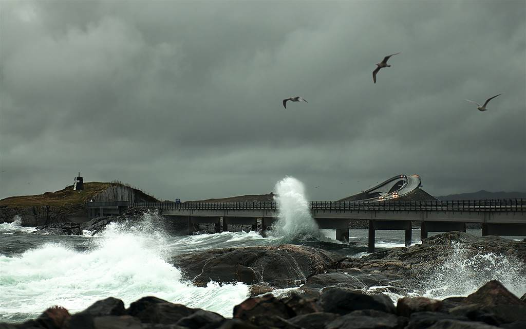 Tor-Henrik Furmyr – Stormy Atlantic Road – Photo Travel
