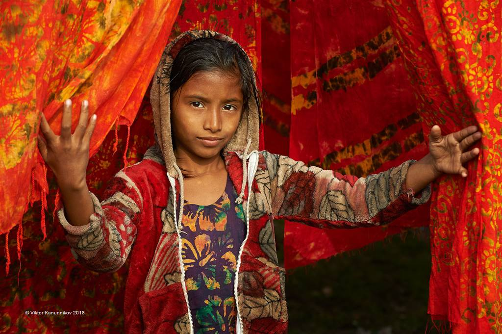 Viktor Kanunnikov – Bangladesh Girl 2 – Open Colour
