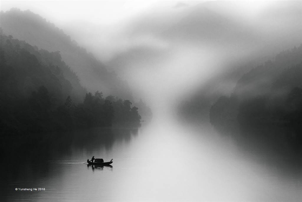 Yunsheng He – C2-Misty Rain of Dongjiang River – Photo Travel